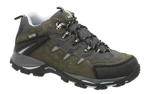 Light hiking shoes